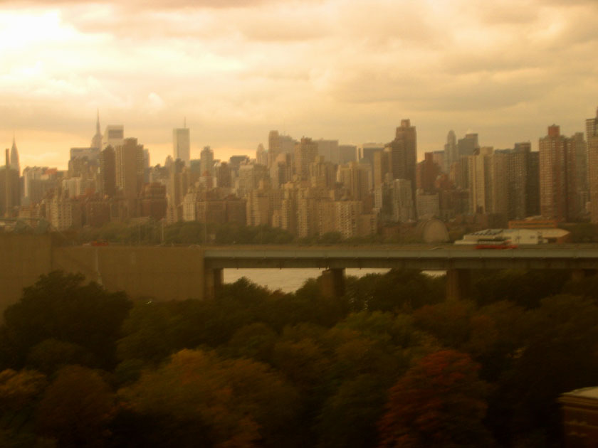 The New York skyline from the train